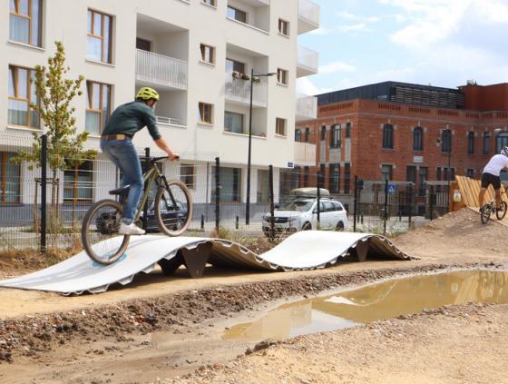 Premier pumptrack de la Ville de Bruxelles 100% durable