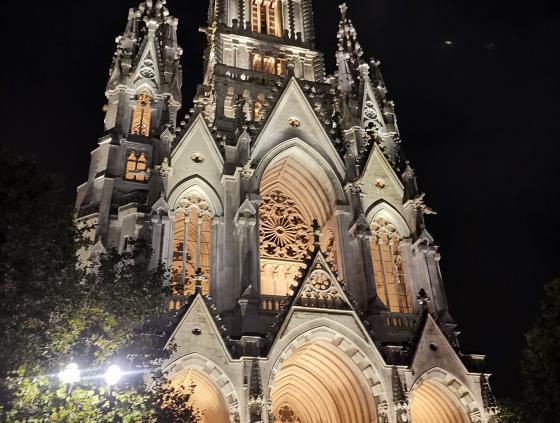 Nouvel éclairage de l'église Notre-Dame de Laeken