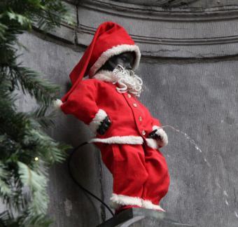 Manneken-Pis en Père Noël