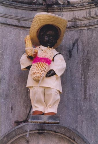 Manneken-Pis et El Salvador