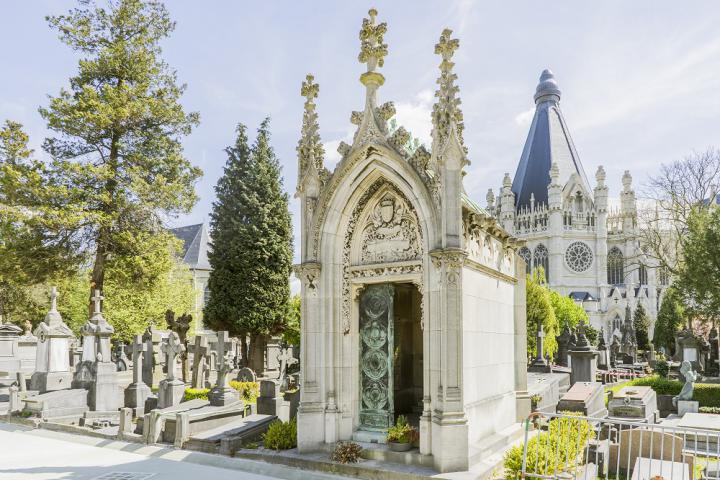 Audioguides pour les visiteurs des cimetières