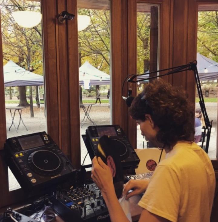Une 'web-radio' dans le parc de Bruxelles